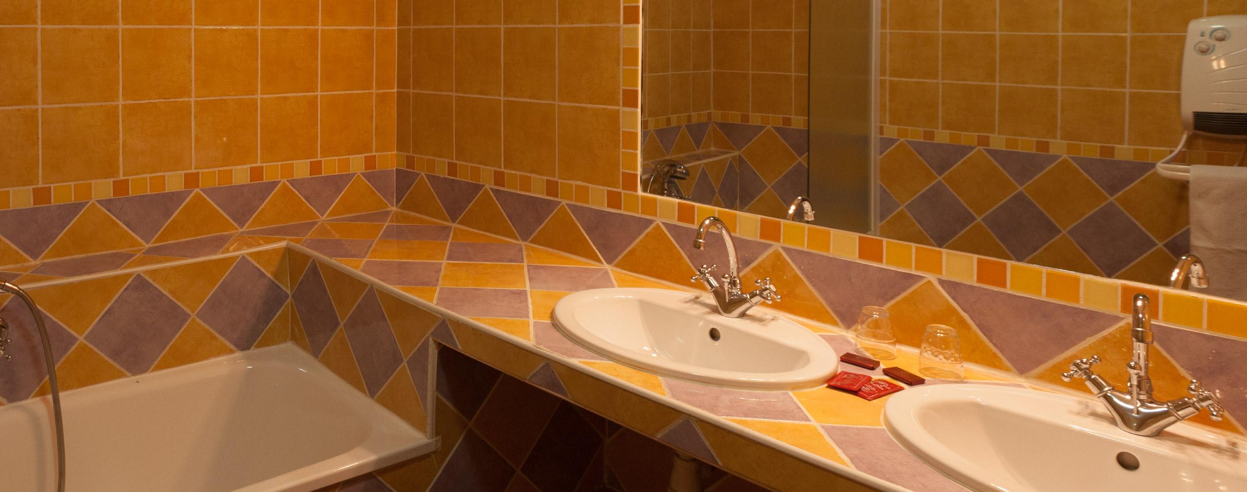 Salle de bains chambre d'hôtel